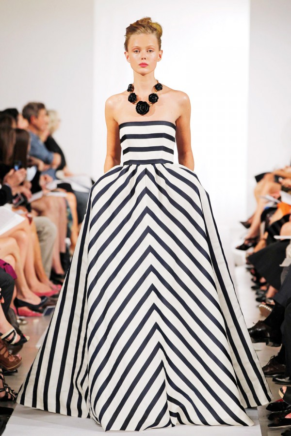 Spring-Fashion-2013-Trend-Stripes-Oscar-de-la-Renta-600x900