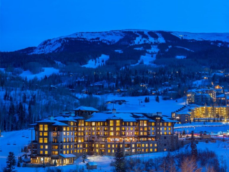 item10.rendition.slideshowWideHorizontal.viceroy-snowmass-exterior-winter-2013-cuortesy