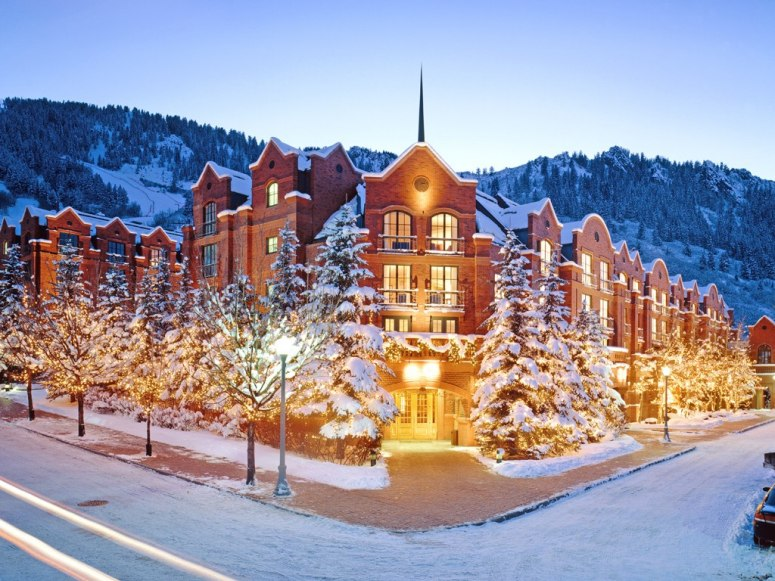 item19.rendition.slideshowWideHorizontal.st-regis-aspen-resort-aspen-colorado-114610-1