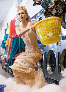 gemma ward doing laundry