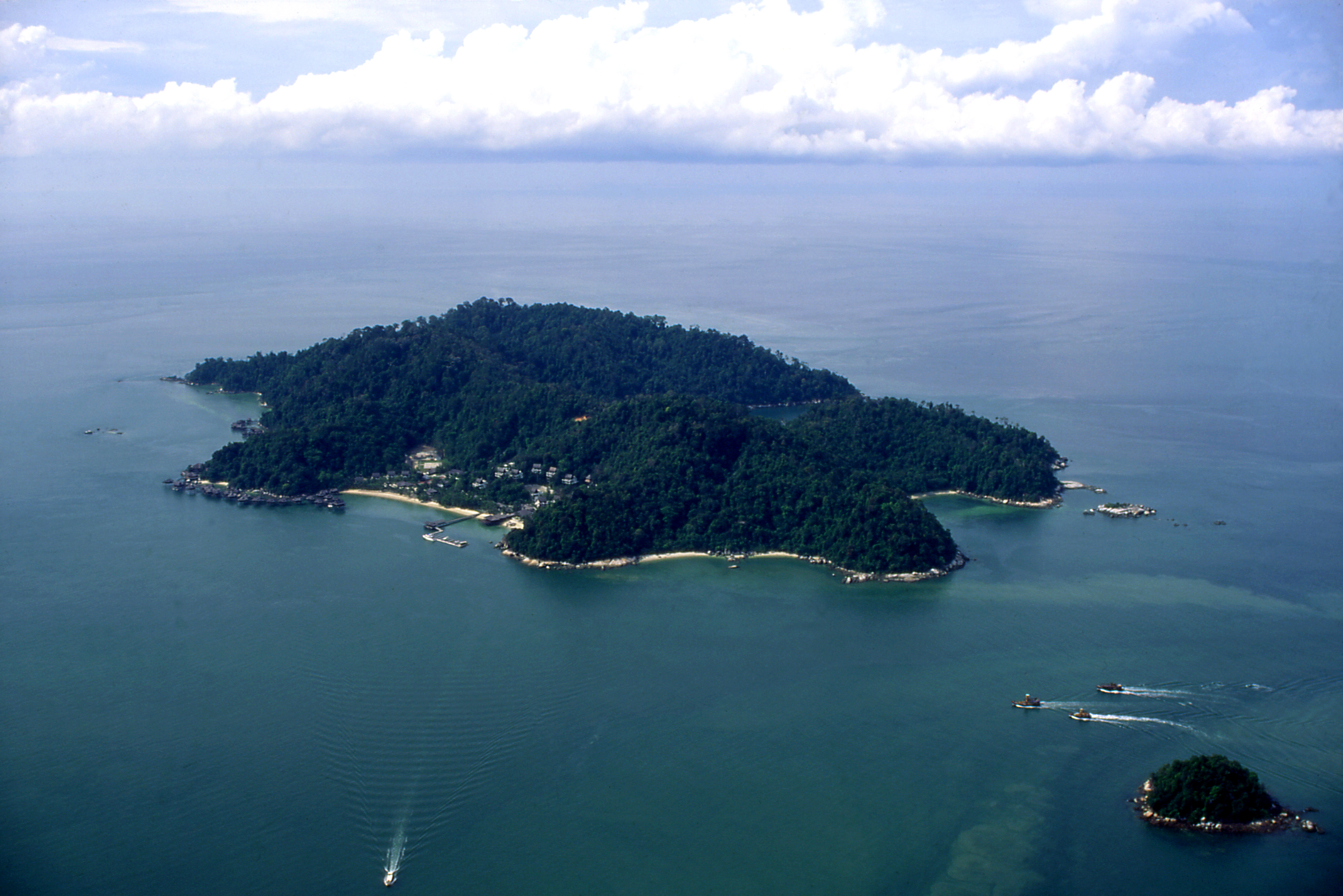 Hit the Ground Running with Chapman's Challenge at Pangkor Laut Resort
